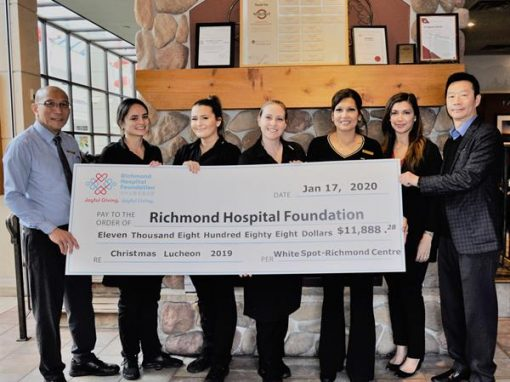 White Spot餐廳 (列治文購物中心分店) 延續回饋社區精神  為列治文醫院基金會籌得$11,888善款